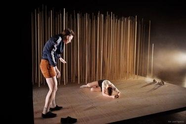 foto:José Figueroa. teater mutation-Kain, Abel, boys will be boys. Annika tosti